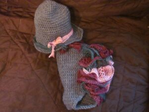 Ruffled Diaper Cover & Hat Set